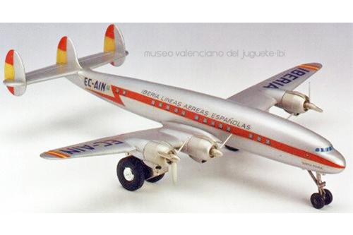 Avión EC AIN Santamaría – Jyesa